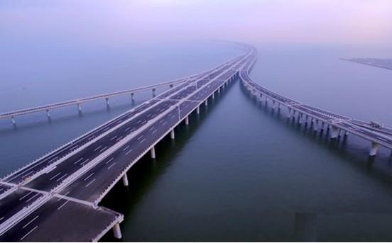 兆越通讯产品应用于青岛胶州湾大桥led照明系统