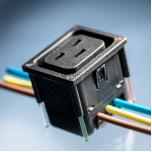 SCHURTER推出用于智能配电单元(PDU)的新款16A IEC电源插座 4710-5