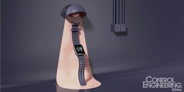 基于低功耗藍牙傳感器的智能手表可將用戶的心率數據和活動指標同步發送到智能手機應用程序