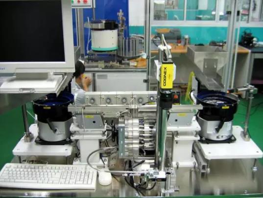 选择工业机器人视觉系统必须遵守的基本原则