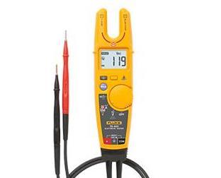 新型Fluke FieldSense技术支持在不使用金属触点的条件下同时测量电压和电流