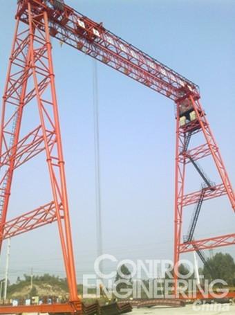 设计和工艺要求   1.机械机构设计   一般大型龙门吊从结构上