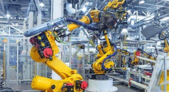 中国制造业的命脉,却被4家海外巨头垄断,国产机器人换道超车