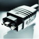 首款符合IEC标准的400 VDC连接器