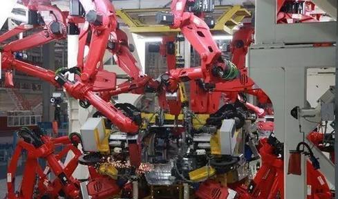 2018年中国工业机器人销量分析及预测:销量将突破14万台