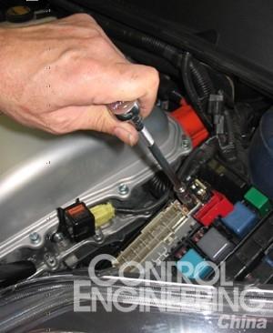 混合动力车测量安全基本要领——测量高压电路是否存在电压