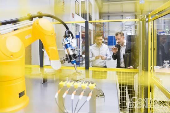 想要找一家好的机器人集成商,应该这样选!