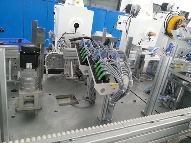 宜科Spider67分布式I/O系统在连接器装配设备行业的应用