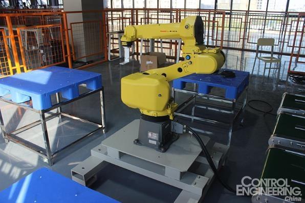 工业机器人培训大概需要多久?