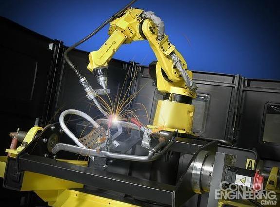 中国成最大工业机器人市场 未来几年增速将超30%   2005年至2014年间,我国工业机器人的销售量逐年增长,年增速保持在25%左右。从2010年开始,我国工业机器人需求激增,新安装工业机器人为14980台,2011年约为2.26万台,同比增长50.7%;2001-2012年年复合增长率达到40%,远高于同期世界机器人市场的10%。2013年中国市场销售36560台工业机器人,超越日本成为全球最大工业机器人市场。